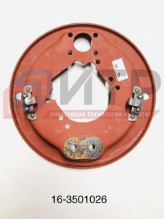 Щит переднего тормоза правый со скобой 16-3501026