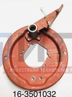 Щит переднего тормоза с кронштейном правый  16-3501032